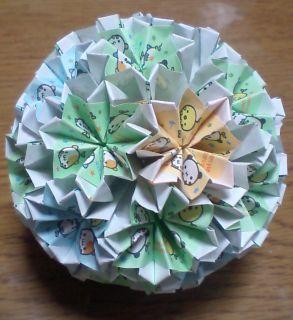 NO.004: まめどうぶつ柄 空・緑・黄×白 の7.5センチ角